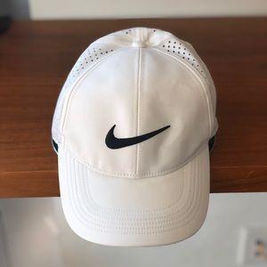 Nike - White Legacy91 Golf Hat - One Size